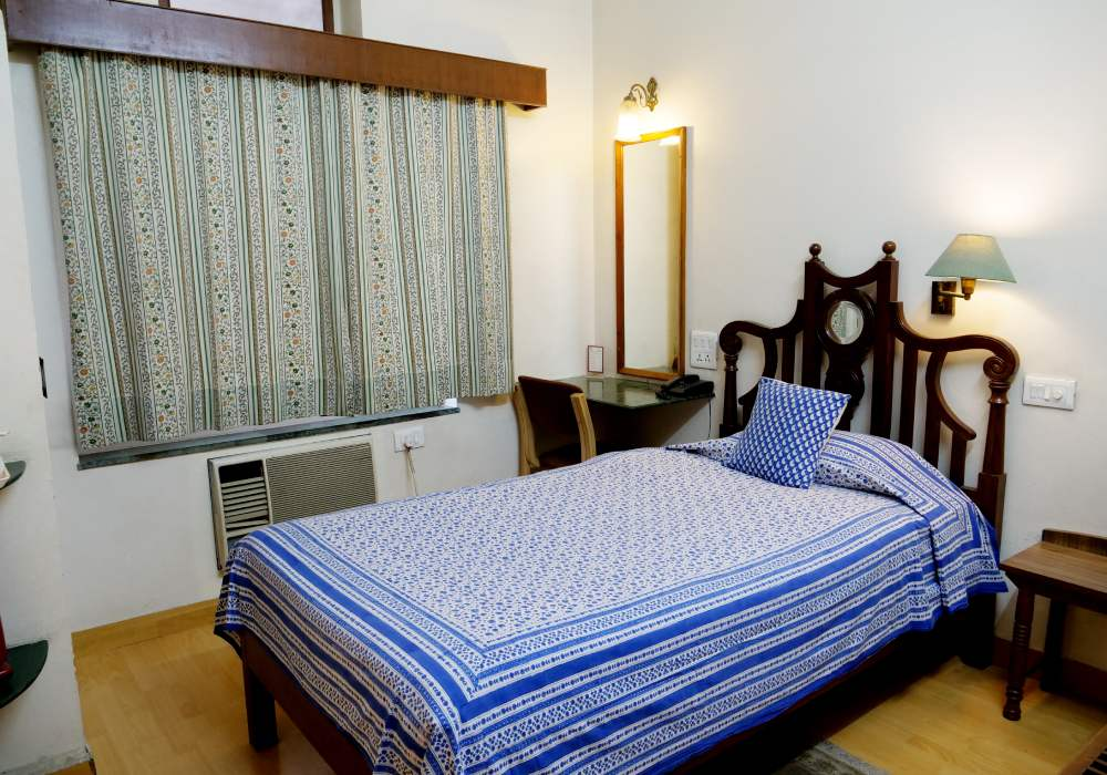 Economy Single rooms: Compact, single occupancy rooms at super economic prices