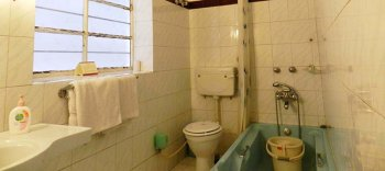 Tara Niwas Bathroom Economy Room