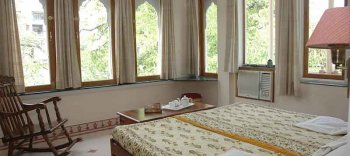 Om Niwas Family Suite Bed Room 1